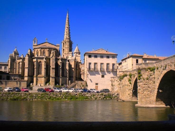 Limoux est une commune française, située dans le département de l'Aude en région Occitanie