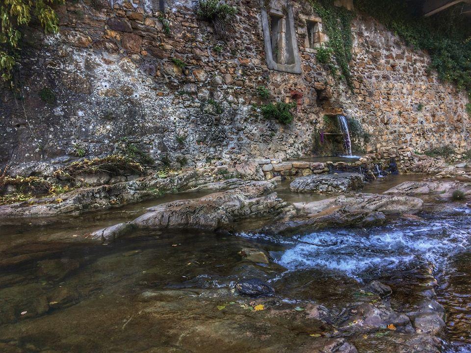 rennes les bains source d'eau chaude